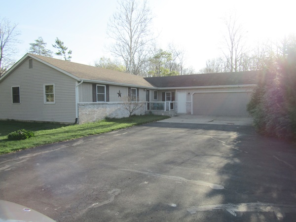 1,638 sq ft, 3 Bedroom Ranch Home on Basement w/2.36 acres * Vehicles, Lawn Tractors, Trailers, Camping Trailer, Fishing Rods & Reels, Aluminum 16' Fishing Boat & Motor, Shop Tools, Appliances, Furniture, Household Items, Lots of Car Parts!