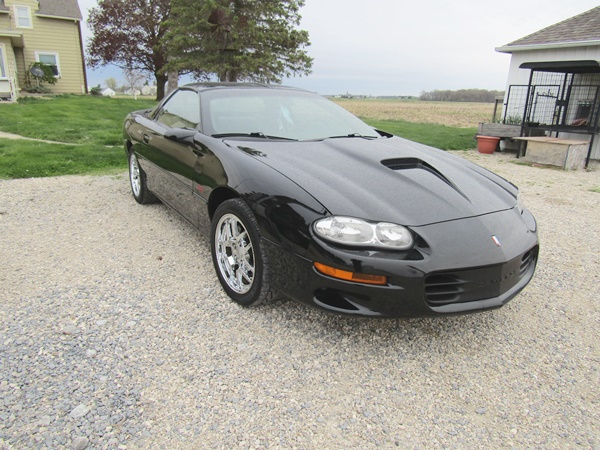 2000 Camaro Z28, Antiques, Collectibles, Glassware, Watches, Furniture, Modern Furniture, Toys, Electronic