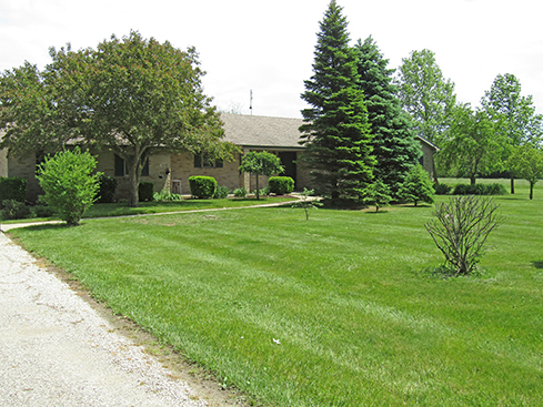 2,406 sq ft Home w/4 bedrooms, partially finished basement, 2 car detach garage, on 2.5 acres. Move In Condition!